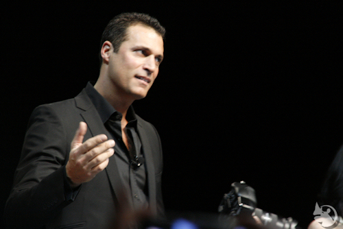 Nigel Barker with camera at WPPI 2011 by Laughing Rhino Photography